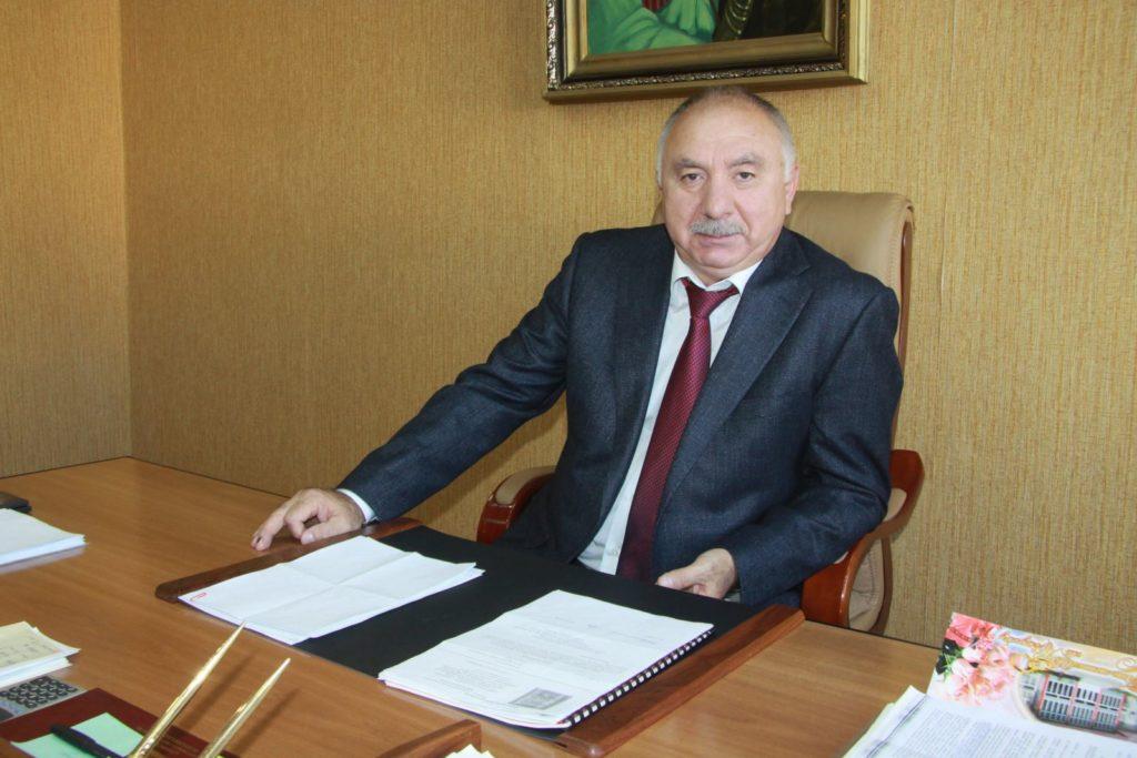Заместитель генерального директора  Гусейнов Гусеин Гитиновасович
